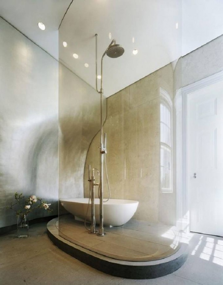 Koupelna s minimalistickými prvky