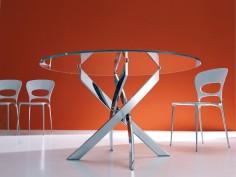 Luxusní stůl