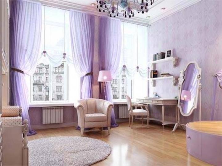 Světle fialová barva v interiéru