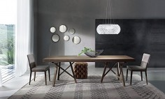 Nádherný stůl