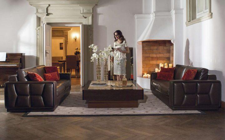 Hnědá sedací souprava pro luxusní interiéry