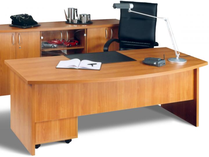 Elegantní pracovna s kvalitním nábytkem