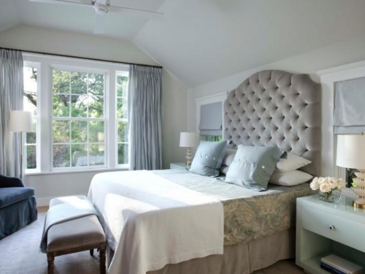 Elegantní postel s prošívaným čelem