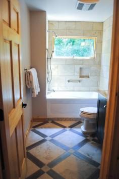 Důmyslná koupelna do malého bytu