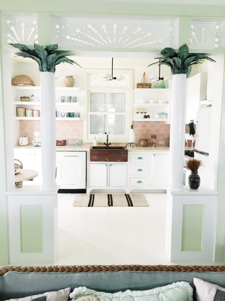Kuchyň v pastelových odstínech