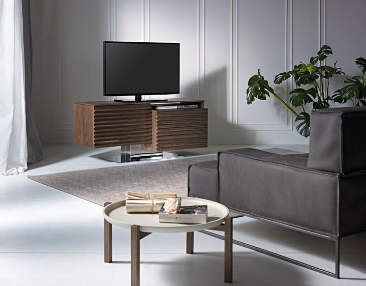 Elegantní TV stolek