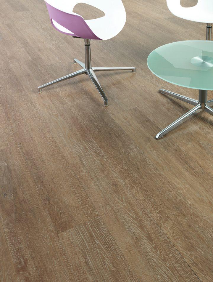 Rustikální vzhled díky podlaze Rustic Lime Wood můžete mít doma i Vy!