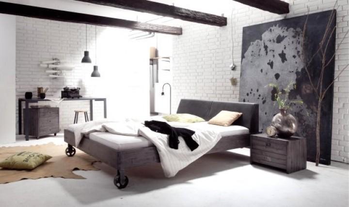 Tovární styl ložnice