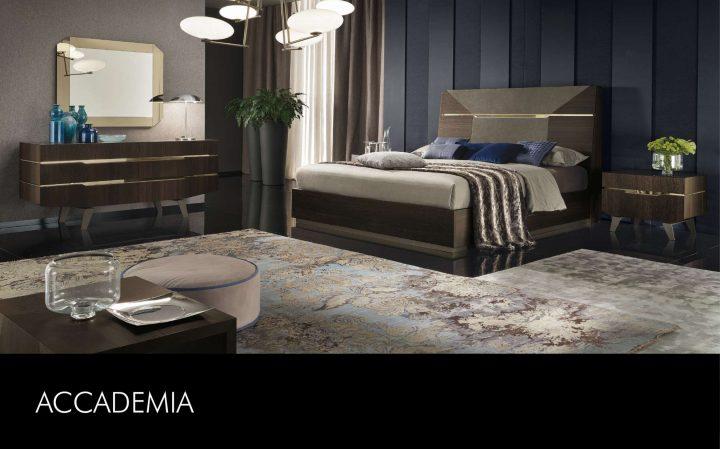 Elegantní ložnice s luxusním nábytkem
