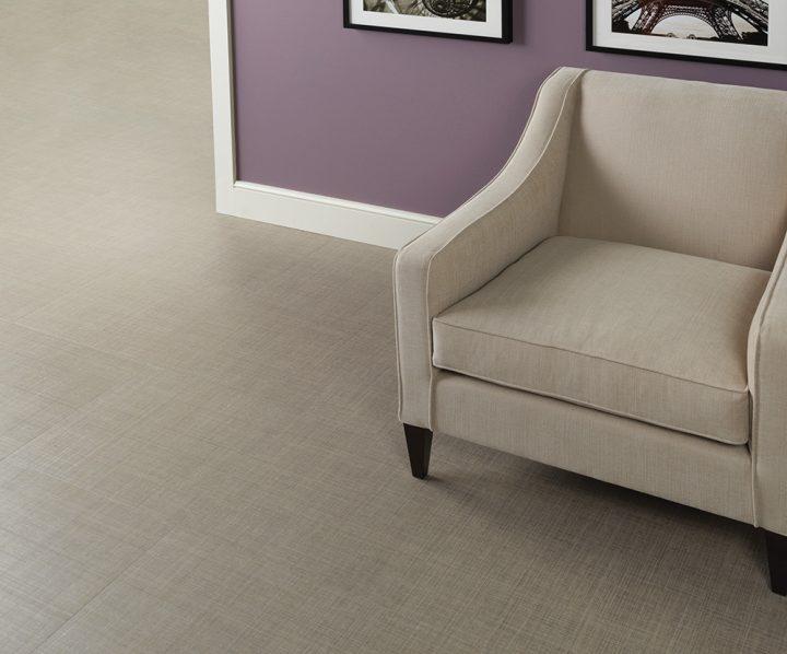 Originální obývací pokoj s podlahou Linen Weave