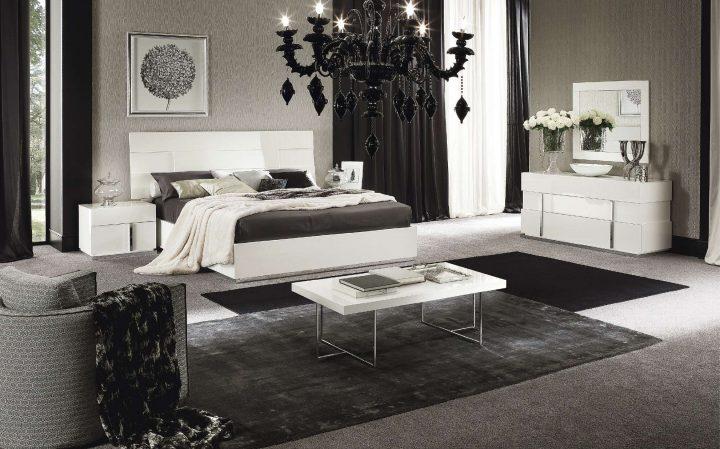 Černobílá klasika v ložnici