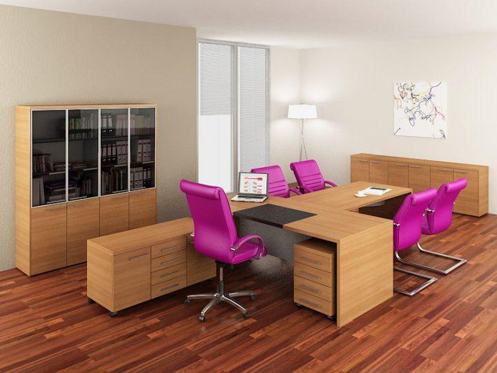Kancelář s nápaditým nábytkem