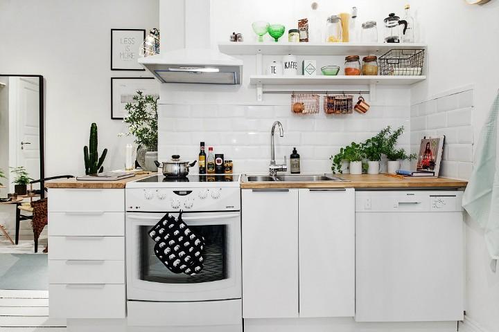 Sněhobílá kuchyň