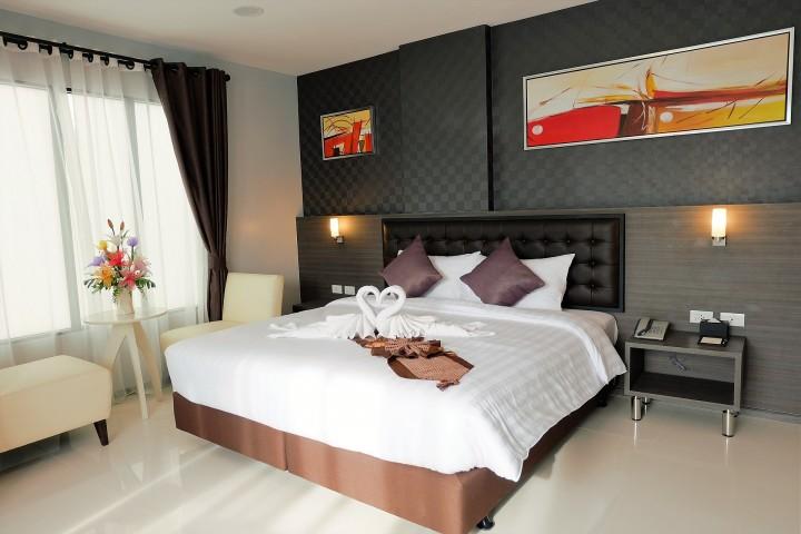 Elegantní ložnice v interiéru