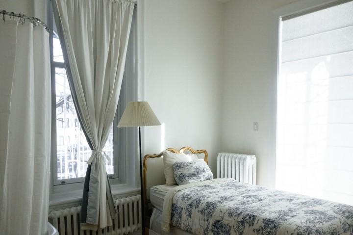 Malá ložnice ve velkém stylu