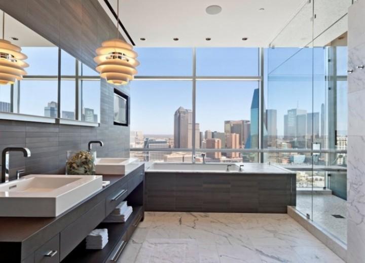 Elegantní koupelna s krásným výhledem
