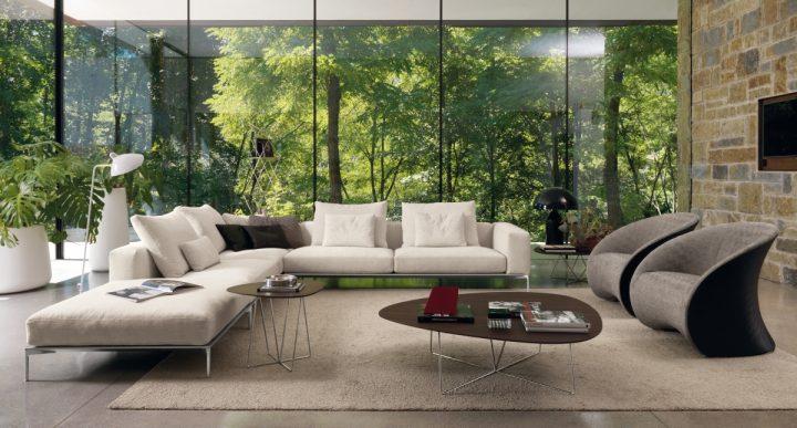 Obývací pokoj s výhledem do přírody