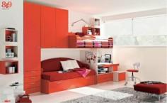 Dětský pokoj v červené a bílé