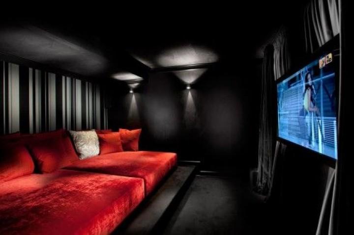 Červeno-černý luxus