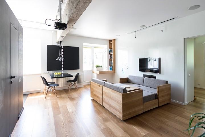 Malý obývací pokoj s unikátním nábytkem