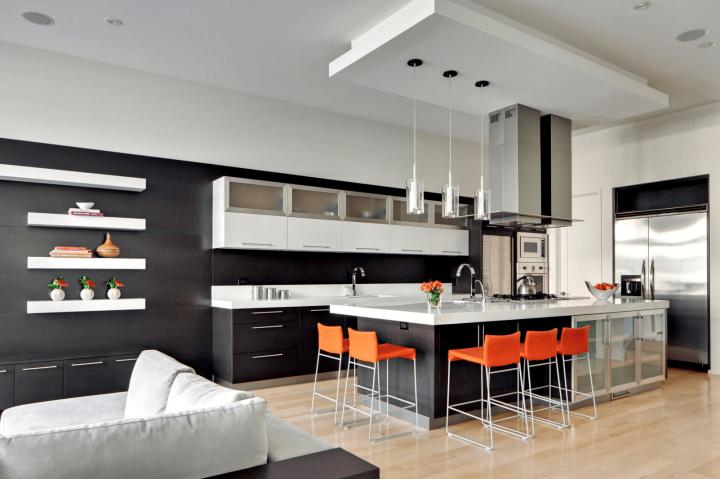 Kuchyň v černo-bílé kombinaci