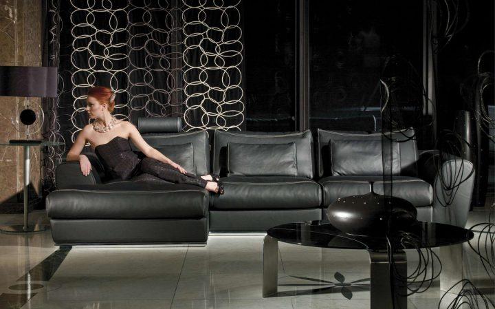 Luxusní obývací pokoj v černé